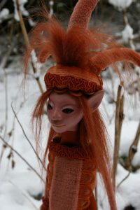 elf orange fantasie sprookjes poppen wezens figuren verbeelding droom magie kunst fantasy art dolls creatures fairy tale magical imagination dream ooak snow